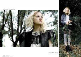[sx] gilet: le nou creazioni // t-shirt sovrapposte: acid lab [dx] giacca: frak in pelle invitro // t-shirt: acid lab // shorts: stylist\'s own // calze: vintage