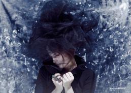 Giacca: Lavinia Turra Anelli: Danae Roma - Cappello: stylist's own